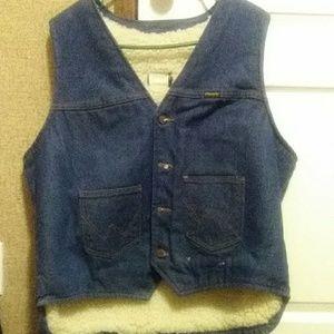 Wrangled blue denim vest jacket